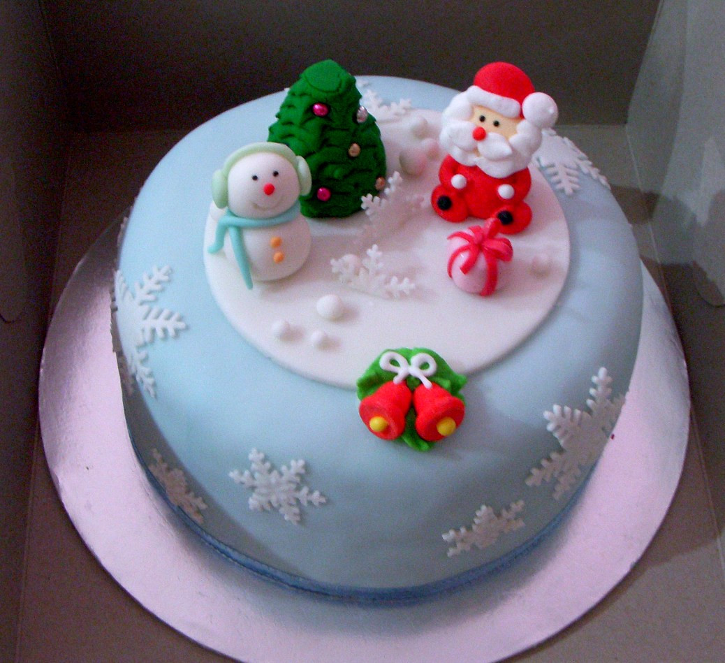 Christmas Cakes Images  20 Delicious Christmas Cakes ideas 2018 Best Holiday Cake