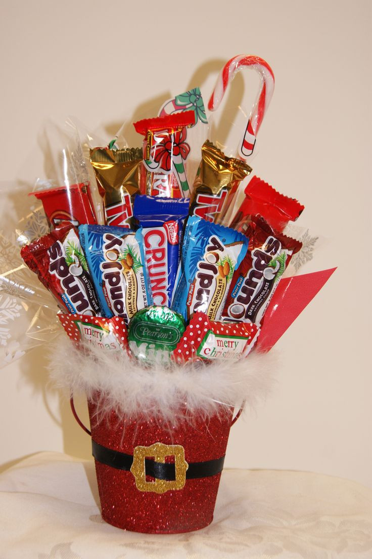 Christmas Candy Baskets  1000 ideas about Candy Bouquet on Pinterest