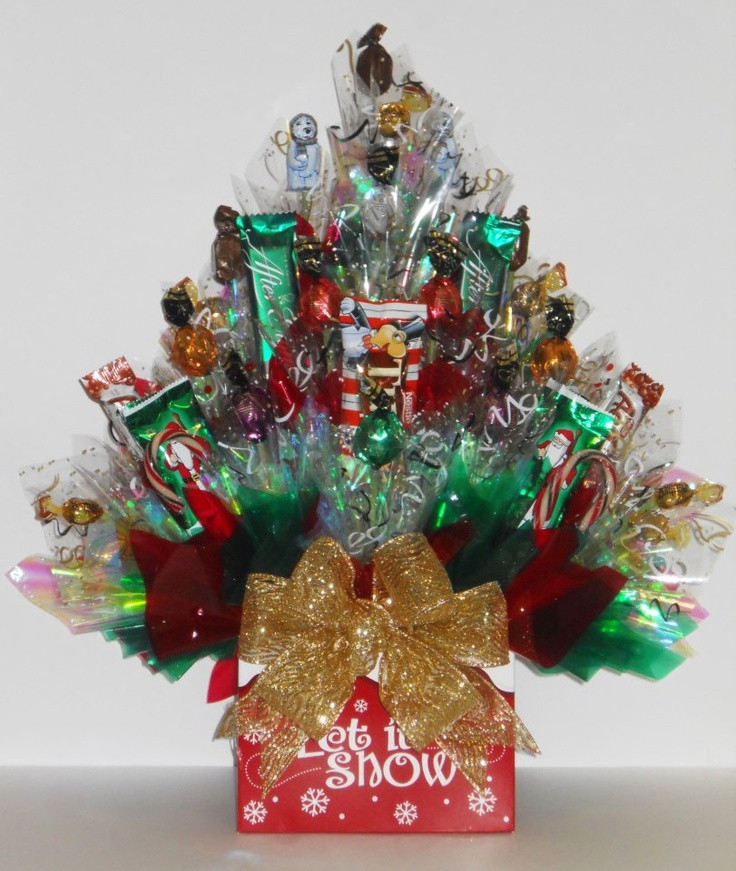 Christmas Candy Baskets  1000 ideas about Candy Arrangements on Pinterest