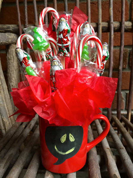 Christmas Candy Bouquets  $5 Holiday Gift Ideas