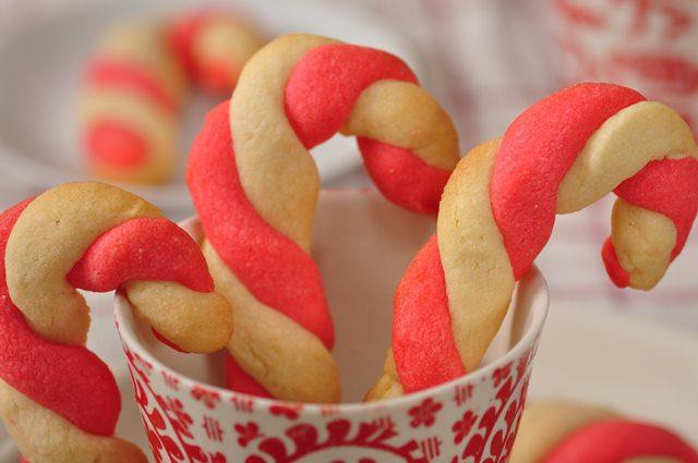 Christmas Candy Cane Cookies  Candy Cane Cookies Recipe Joyofbaking Video Recipe