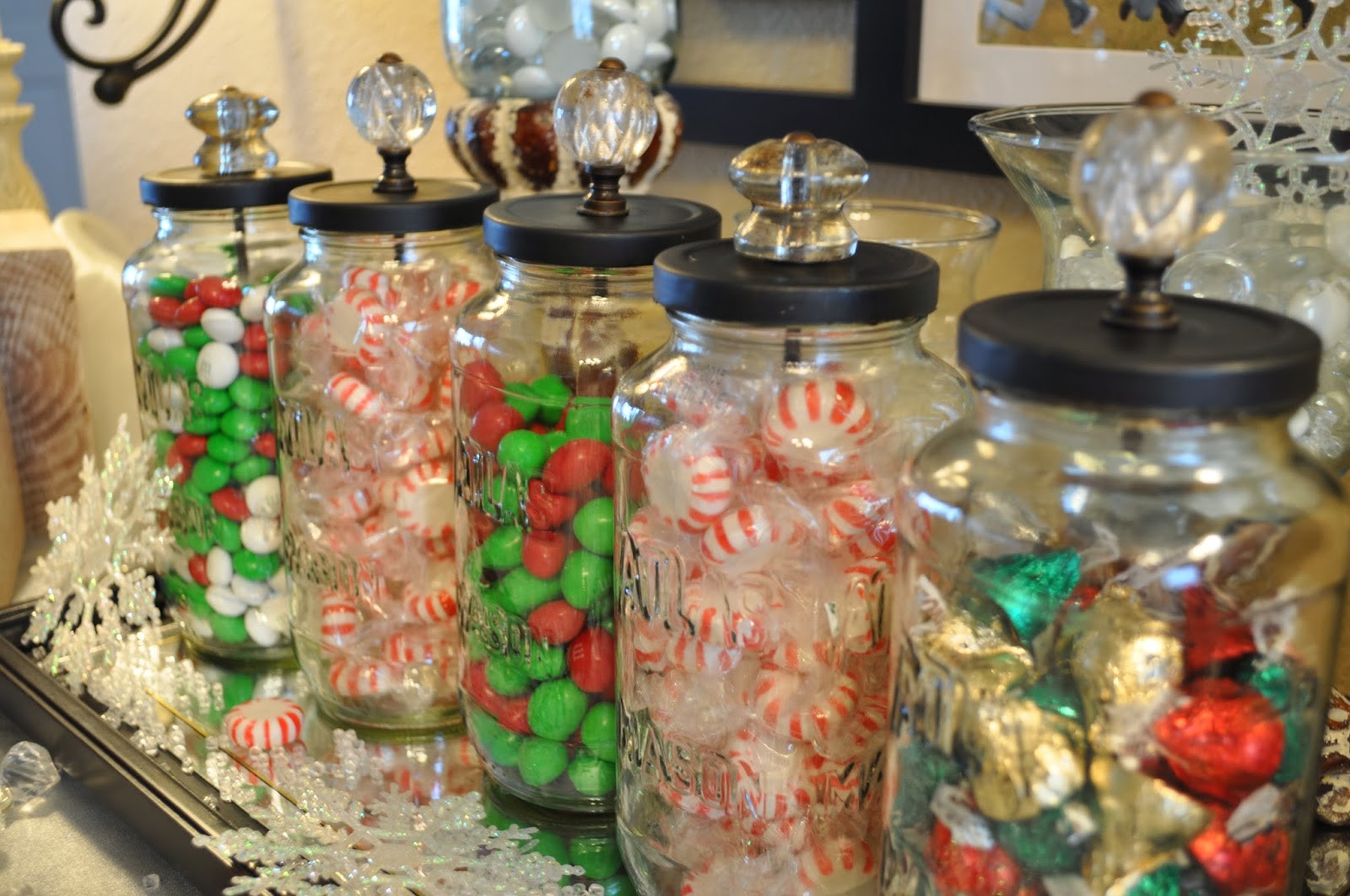 Christmas Candy Containers  Lisa s Scribbles Blog Archive DIY Christmas Candy Jars