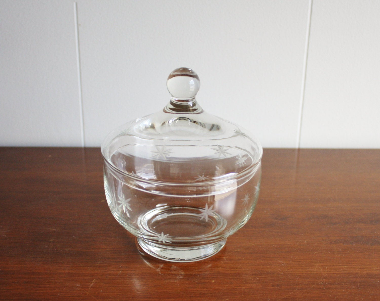 Christmas Candy Dish With Lid  Etched glass candy dish with lid