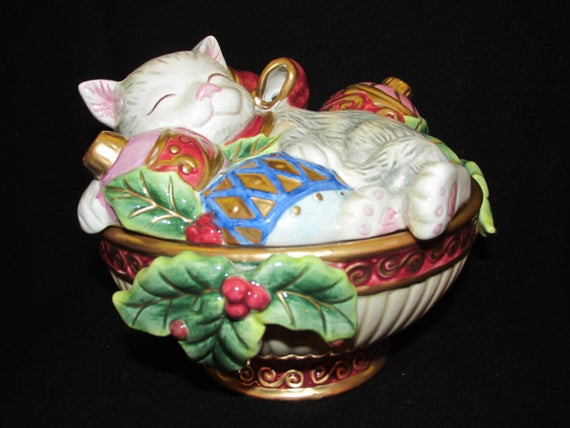 Christmas Candy Dish With Lid  Vintage Christmas Fitz and Floyd Cat with ornaments Holiday