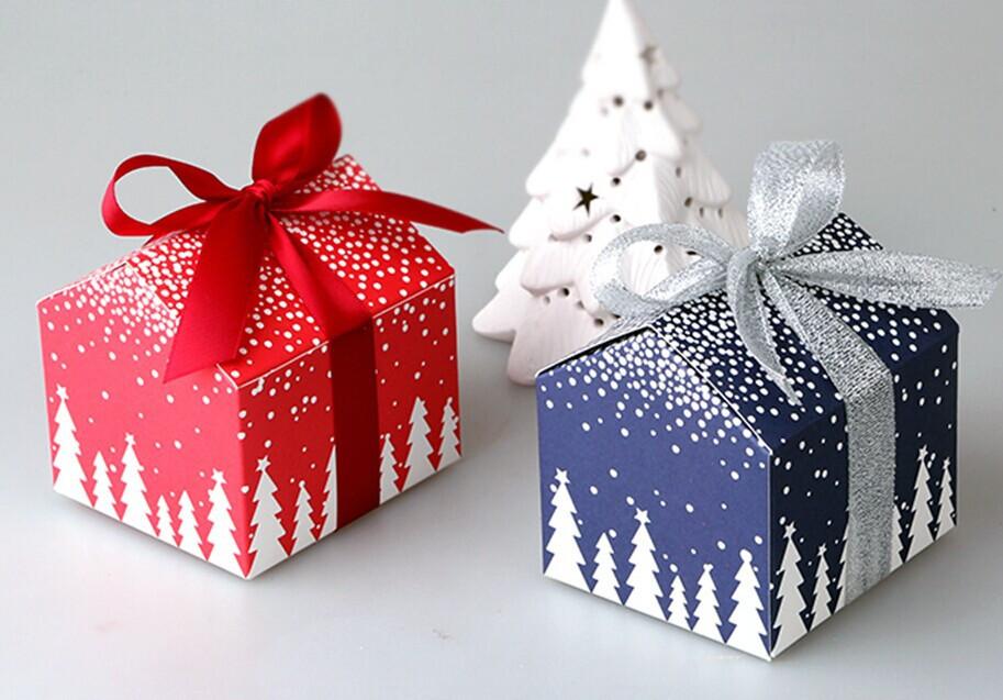 Christmas Candy Gift Box  50pcs Christmas and New Year tree house mini candy box
