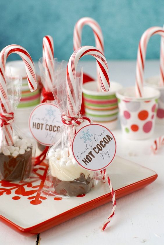 Christmas Candy Gift Ideas  Candy Cane Hot Cocoa Pops Recipe