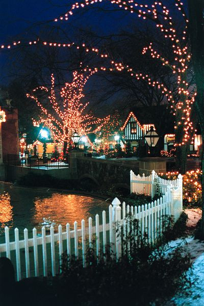 Christmas Candy Lane Hershey Park  Plan a family vacation to Christmas in Hershey Pa