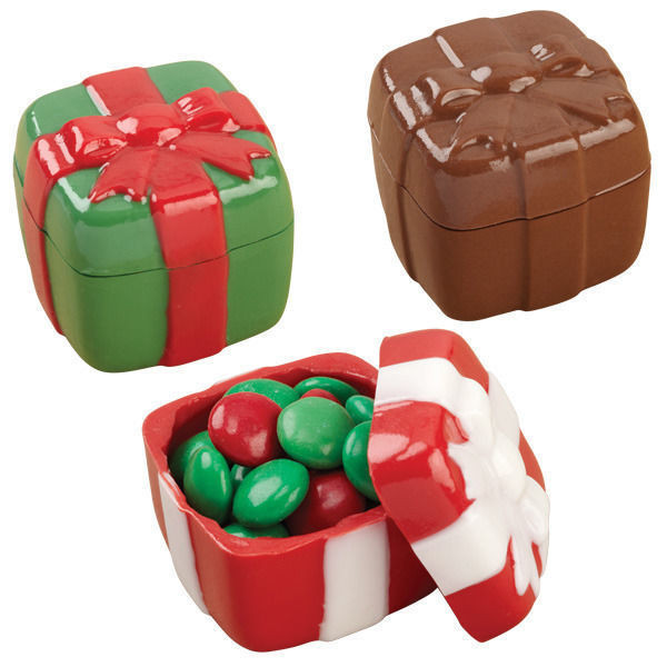 Christmas Candy Molds  3D Present Christmas Chocolate Candy Mold from Wilton 0020