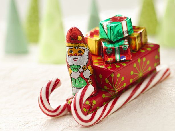 Christmas Candy Sleds  25 unique Candy sleigh ideas on Pinterest