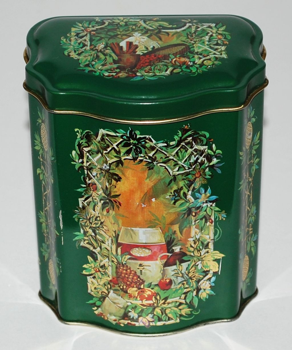 Christmas Candy Tins  1981 Avon Christmas Candy Tin Made in England from
