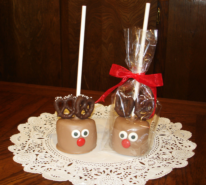Christmas Candy Treats  Anyone Can Decorate Easy DIY Holiday & Christmas Treats