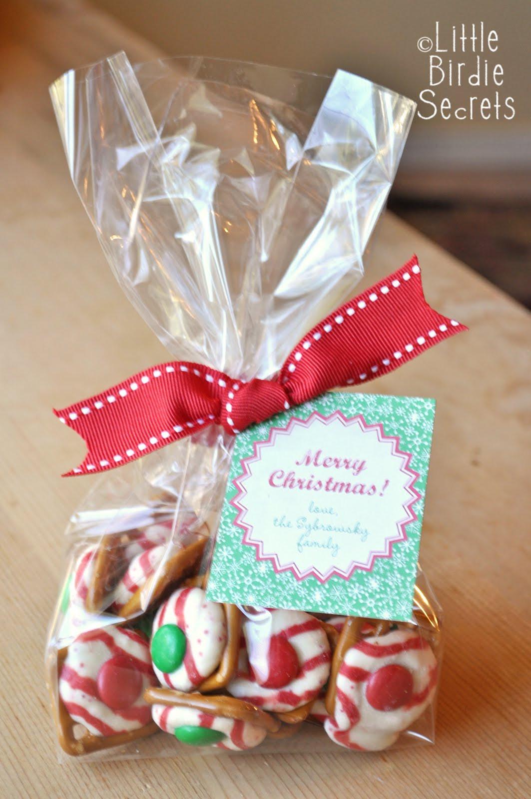 Christmas Candy Treats  holiday pretzel kisses last mintute christmas treats