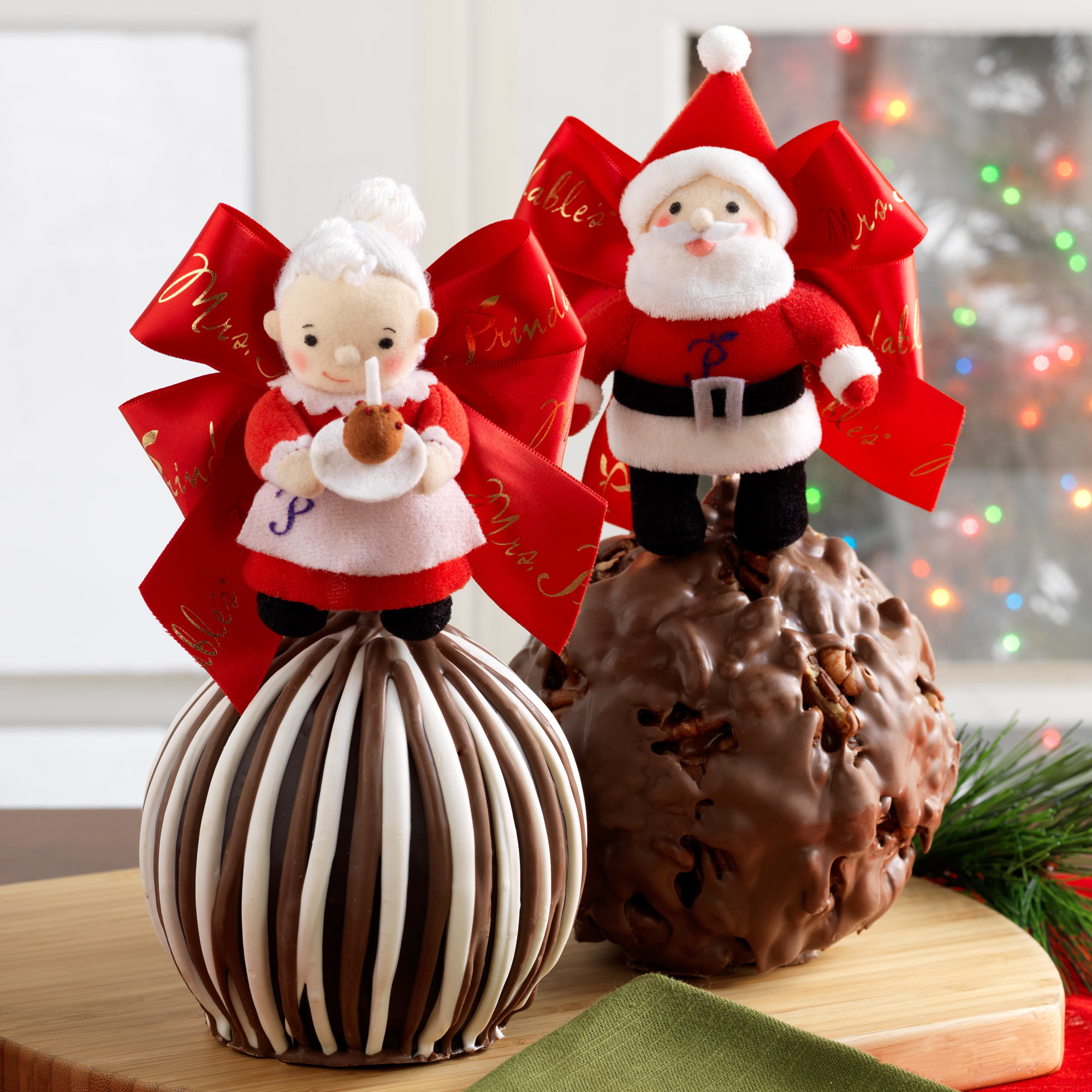Christmas Caramel Apples  MrMrsClaus Mrs Prindables apples