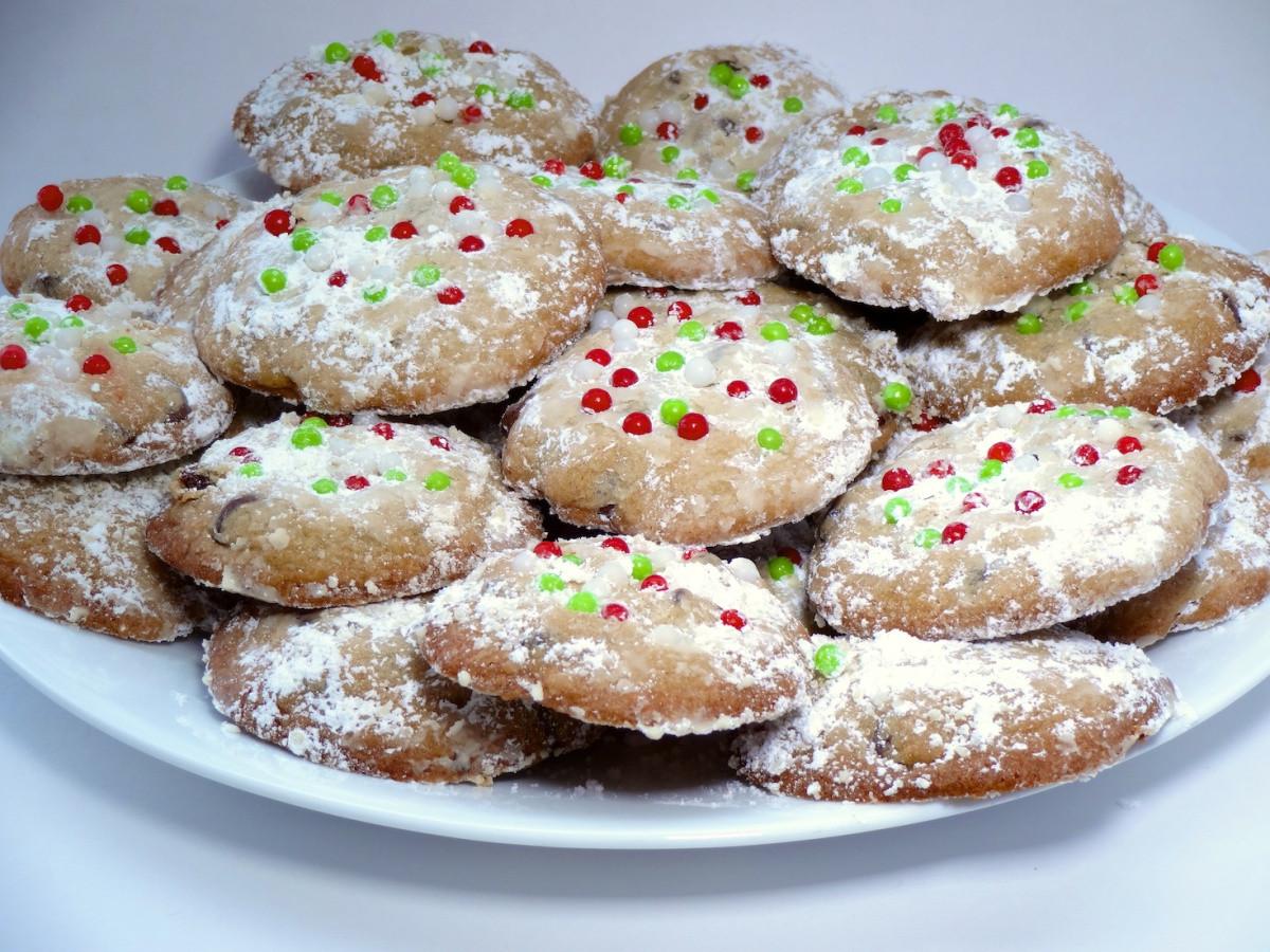 Christmas Chocolate Chip Cookies  Christmas Chocolate Chip Cookie Recipe