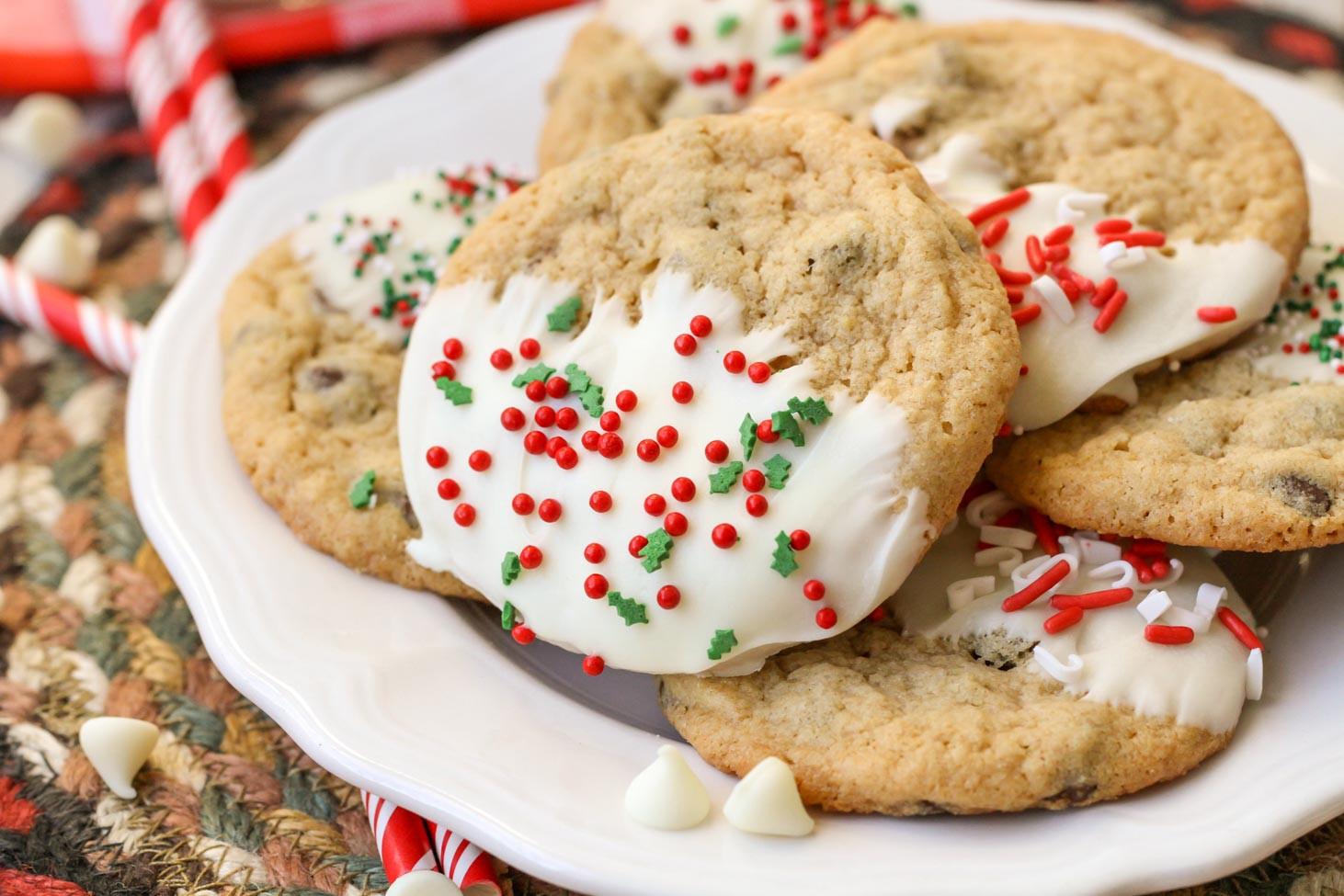 Christmas Chocolate Chip Cookies  Christmas Chocolate Chip Cookies Beyond Easy To Make
