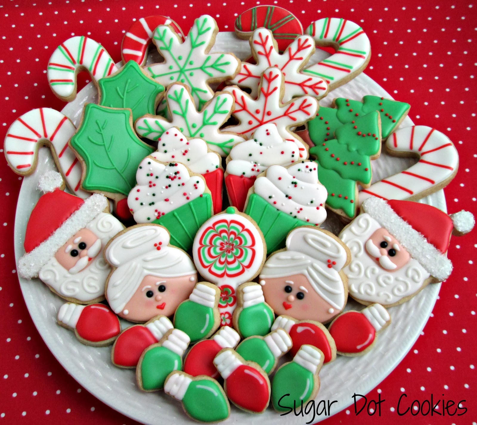 Christmas Cookie Icing  And onto personalized snowmen and some mini snowflakes