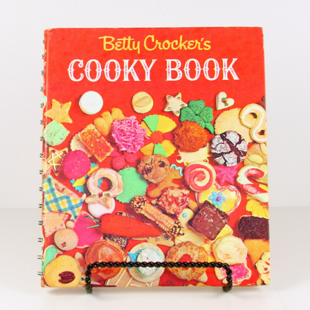 Christmas Cookies Book  Betty Crockers Christmas Cookies Vintage Cook Book