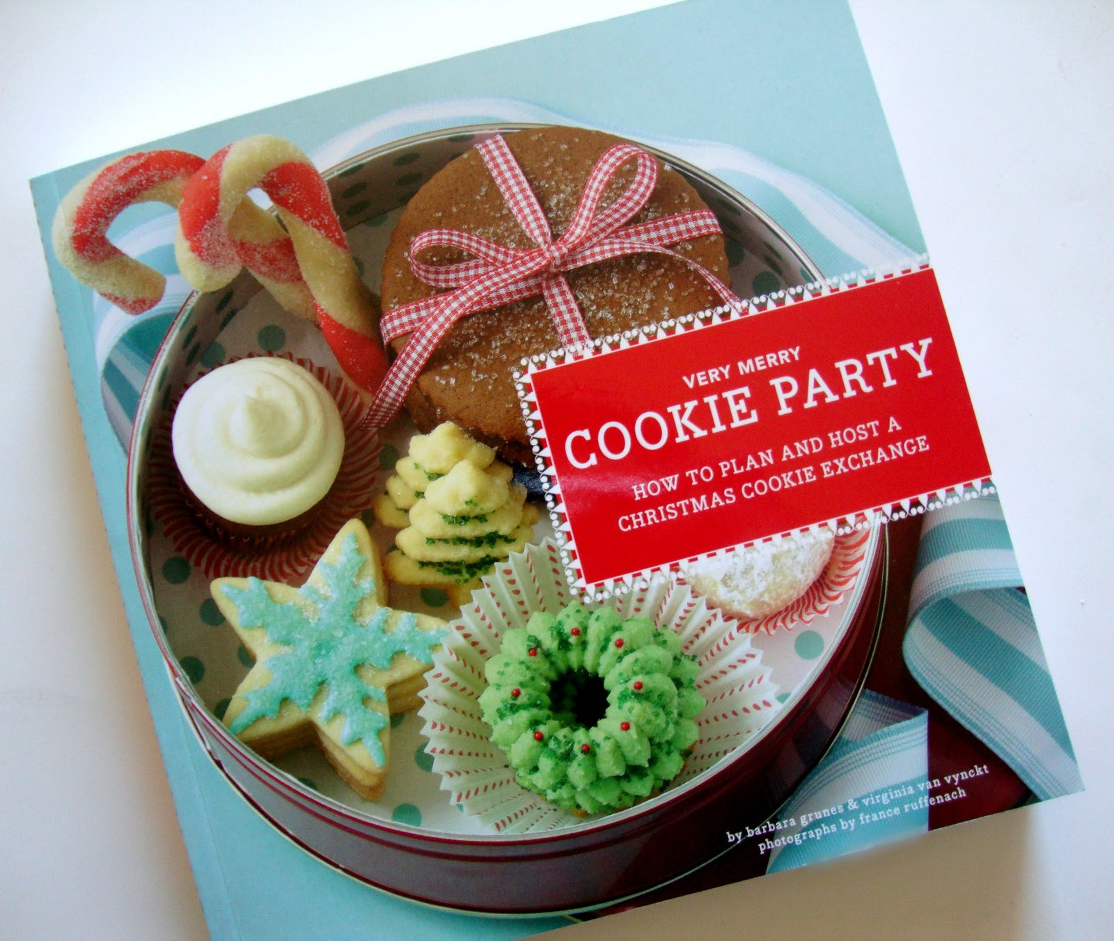 Christmas Cookies Book  Christmas Cookie Book Giveaway – The Sweet Adventures
