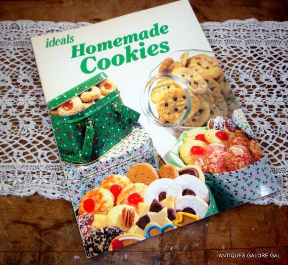 Christmas Cookies Cookbooks  Vintage ideals Homemade Cookies Cookbook Holiday Cookie