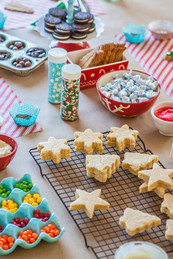 Christmas Cookies For Kids  Tips for Hosting a Successful Kids Holiday Cookie Party