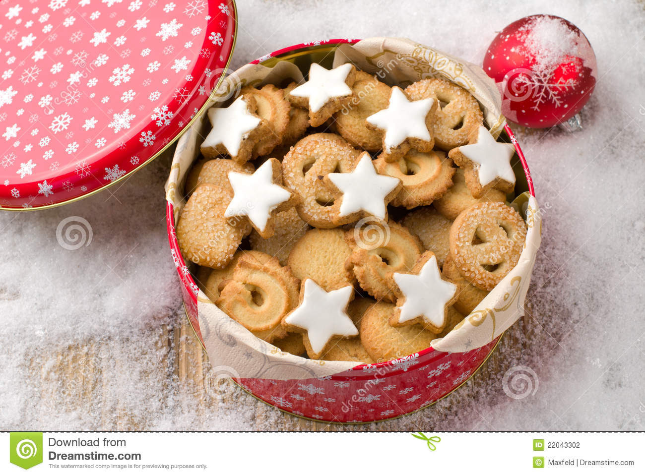 Christmas Cookies In A Tin  Cookies In A Tin Stock graphy Image