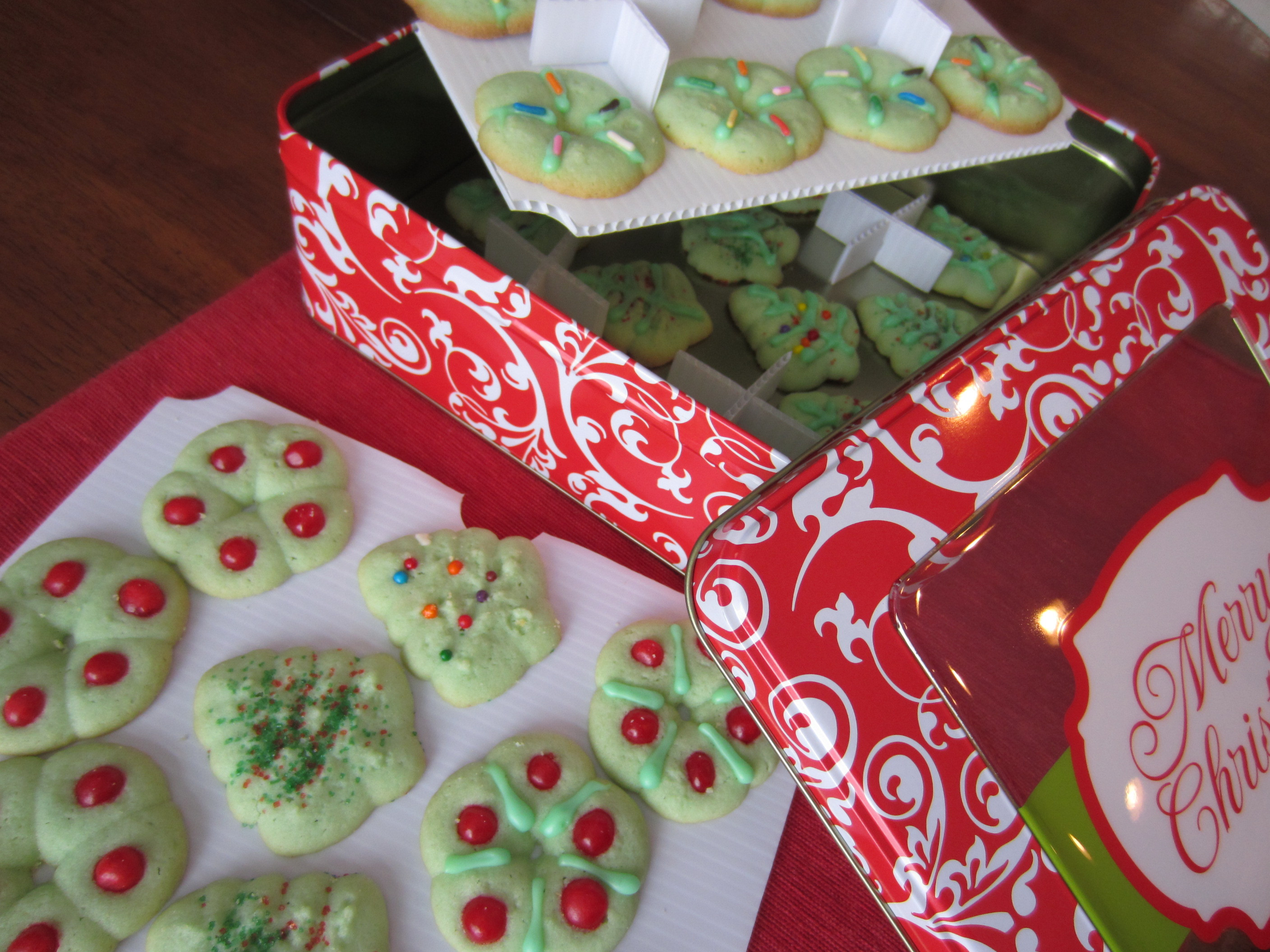 Christmas Cookies In A Tin  partykitchen