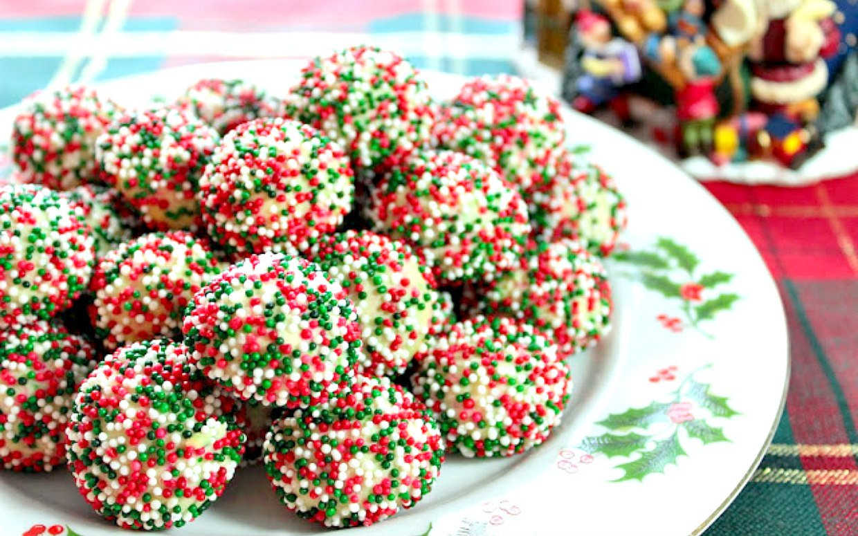 Christmas Cookies Recipe  25 of the Most Festive Looking Christmas Cookies Ever