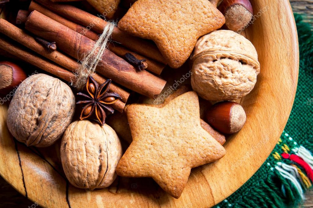 Christmas Cookies With Nuts  Christmas cookies and nuts — Stock © Mizina