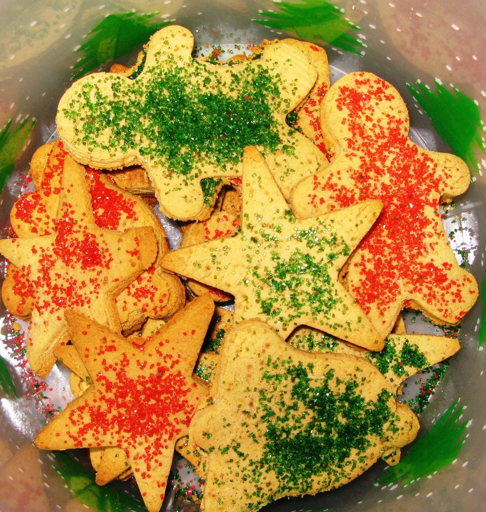 Christmas Cookies With Sprinkles  Christmas Cookies with Cinnamon Sugar Sprinkles Vegan