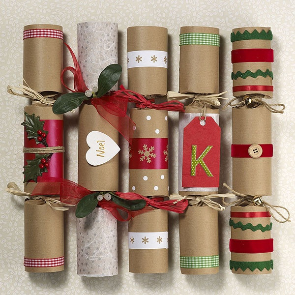 Christmas Crackers Diy  1000 images about table talk on Pinterest