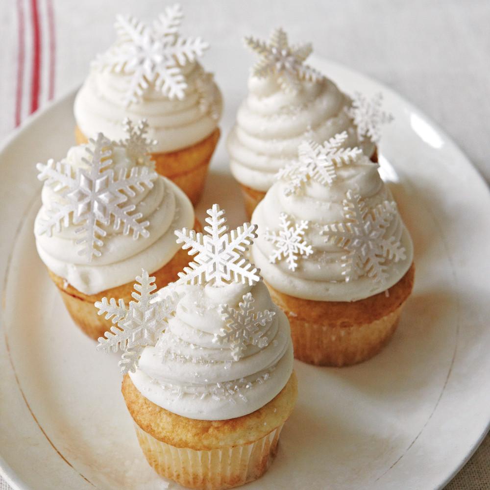 Christmas Cup Cakes  White Christmas Cupcakes Recipe