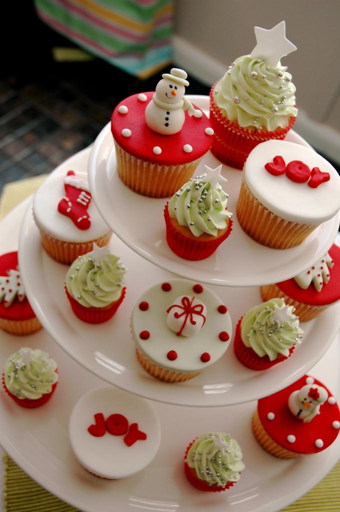Christmas Cup Cakes Designs  cupcake Christmas
