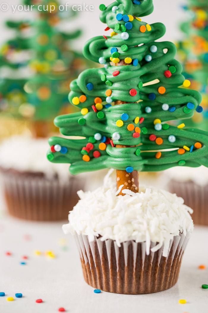 Christmas Cup Cakes  Easy Christmas Tree Cupcakes Your Cup of Cake