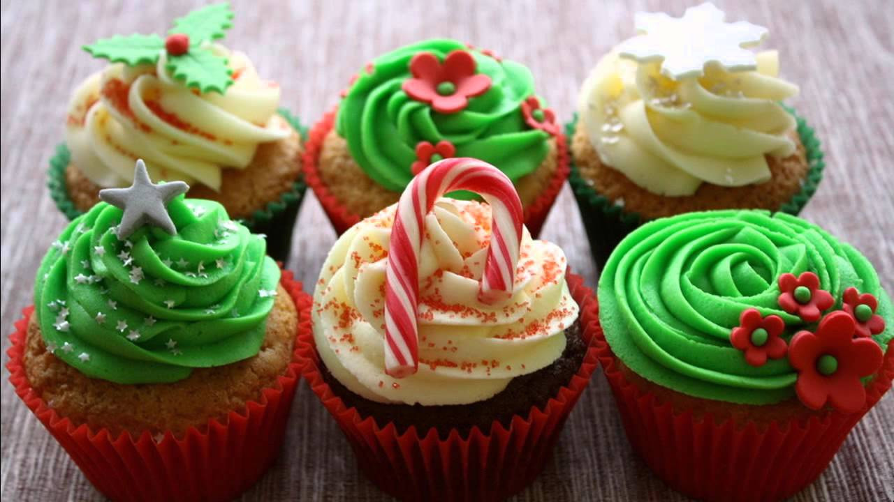 Christmas Cupcakes Images  Best Christmas cupcake decorating ideas