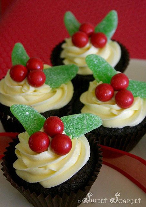 Christmas Cupcakes Images  30 Easy Christmas Cupcake Ideas