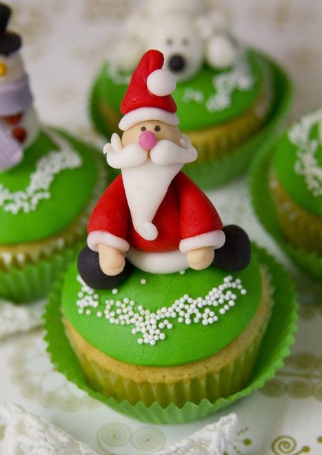 Christmas Cupcakes Pinterest  Christmas Cupcake Ideas from Pinterest Cathy