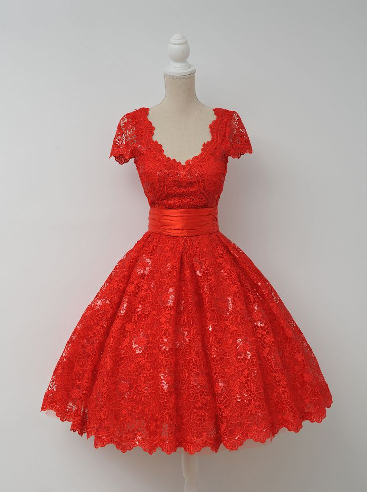 Christmas Dinner Dresses  17 Best ideas about Red Christmas Dress on Pinterest
