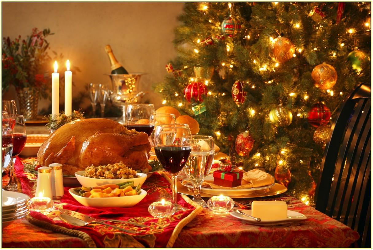 Christmas Dinner Images  christmas dinner table decorations – G Wathall & Son Ltd