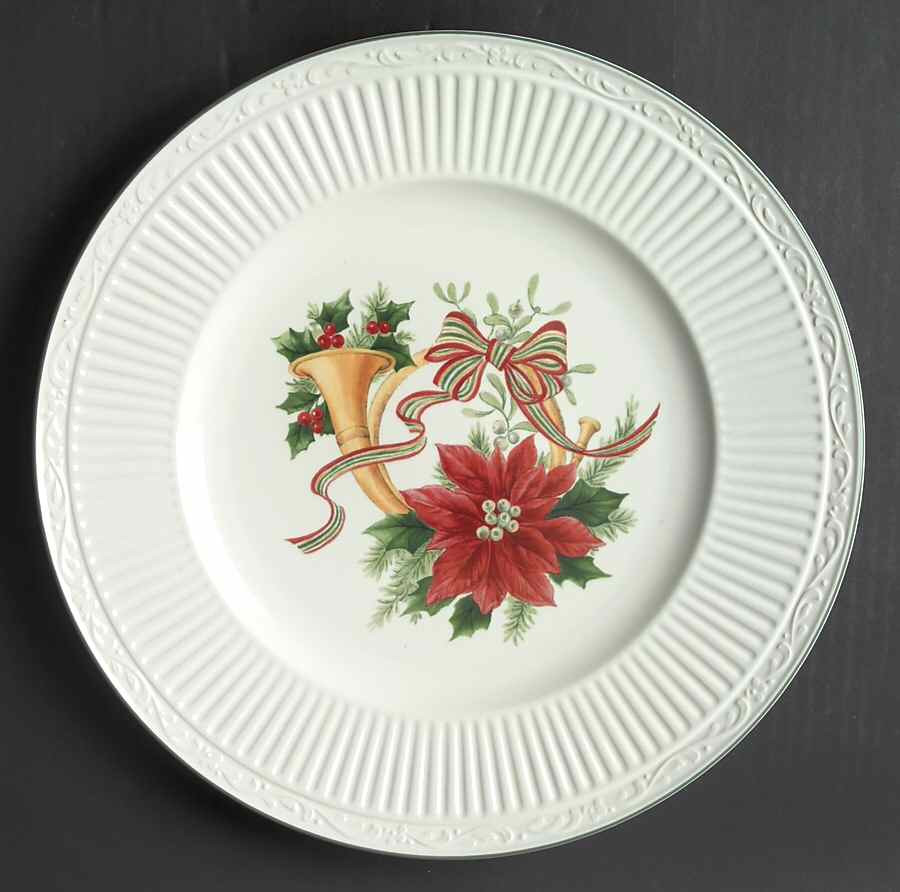 Christmas Dinner Plates  Mikasa ITALIAN HOLIDAY Dinner Plate
