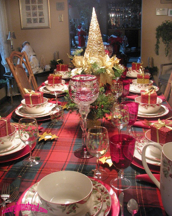 Christmas Dinner Table Decorations  50 Most Beautiful Christmas Table Decorations – I love Pink