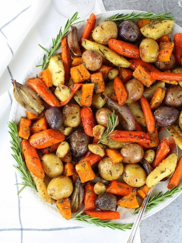 Christmas Dinner Vegetables  This Vegan Christmas Dinner Menu Will Impress All of Your