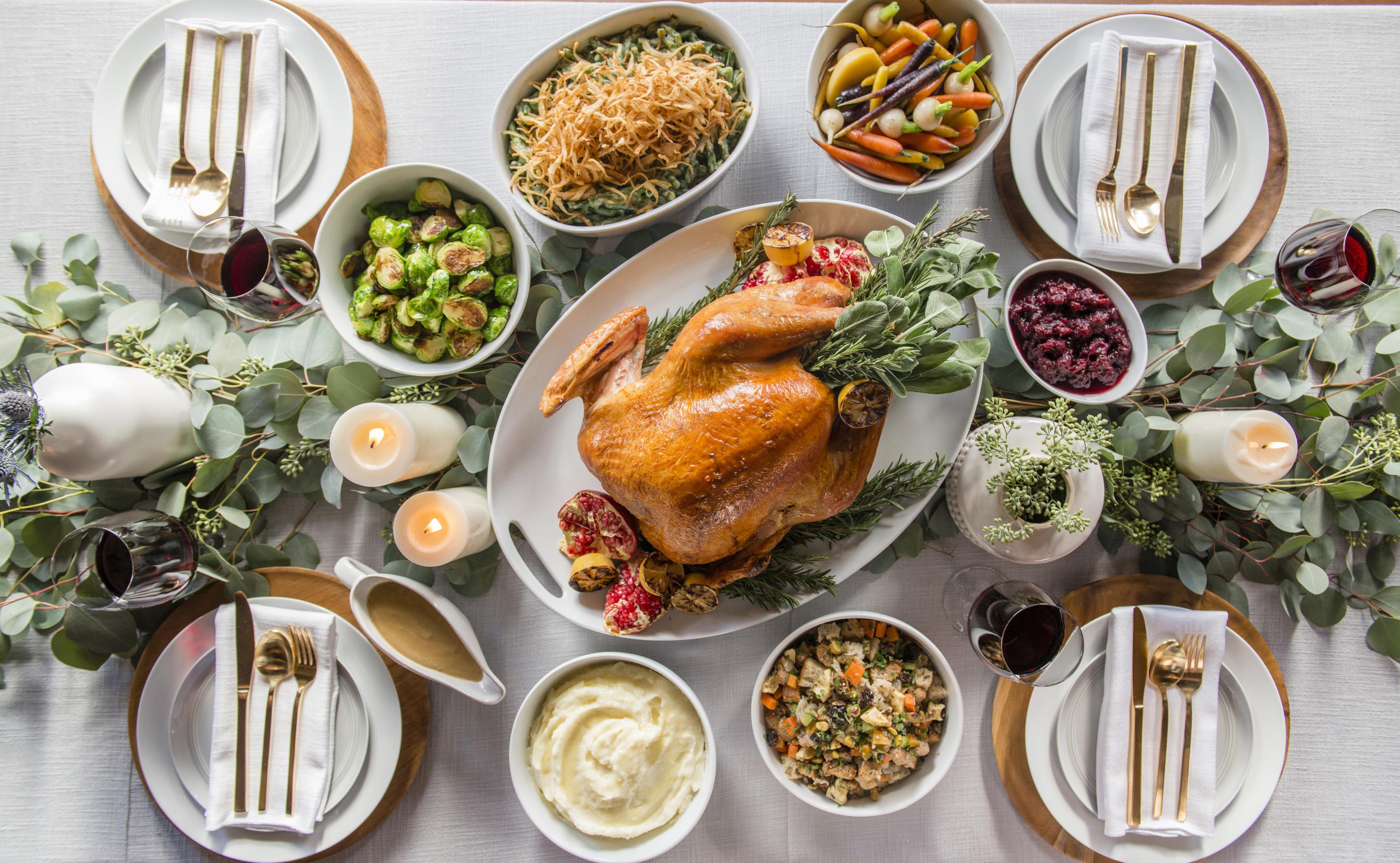 Christmas Dinners Houston  THANKSGIVING DINNER TO GO Sapphire Laguna