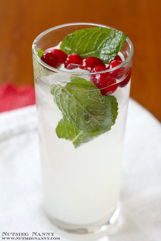 Christmas Drinks With Vodka  Best 25 Winter cocktails ideas on Pinterest