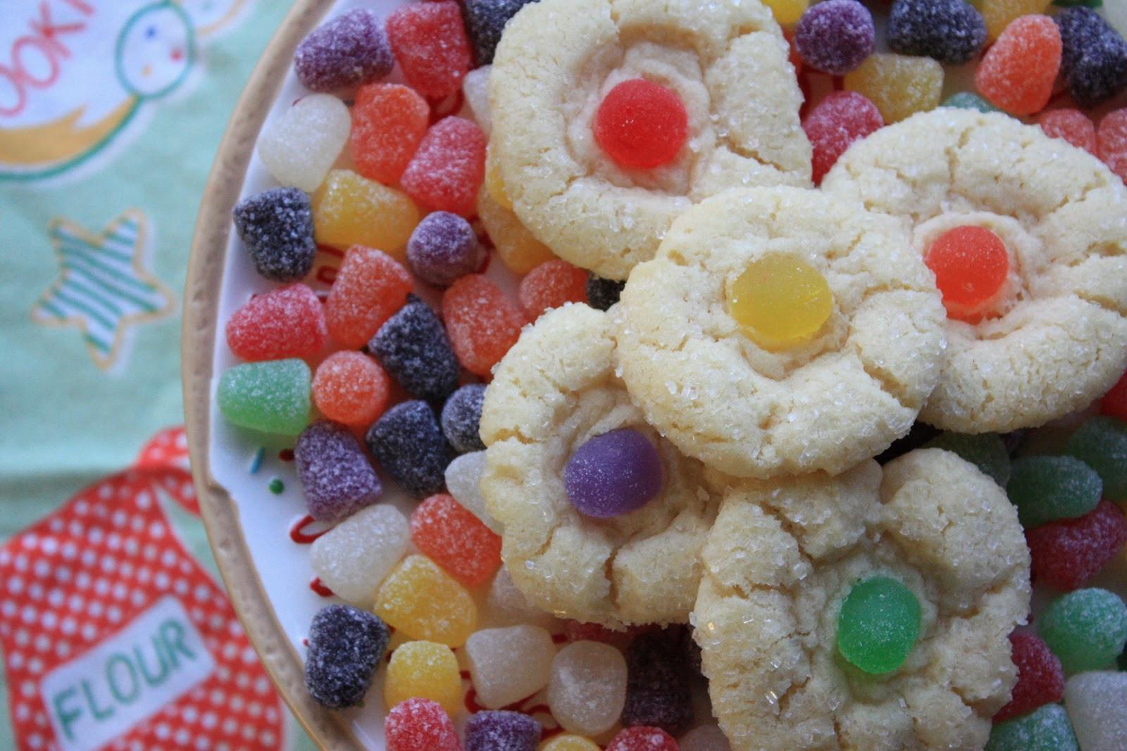 Christmas Drop Cookies  Munchkin Munchies Sugar Crispies