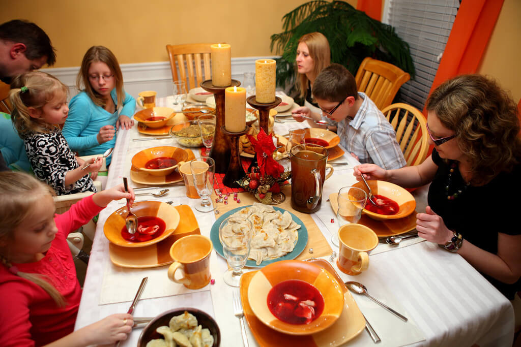 Christmas Eve Dinner  A Polish Christmas Eve Dinner Global Volunteers Service