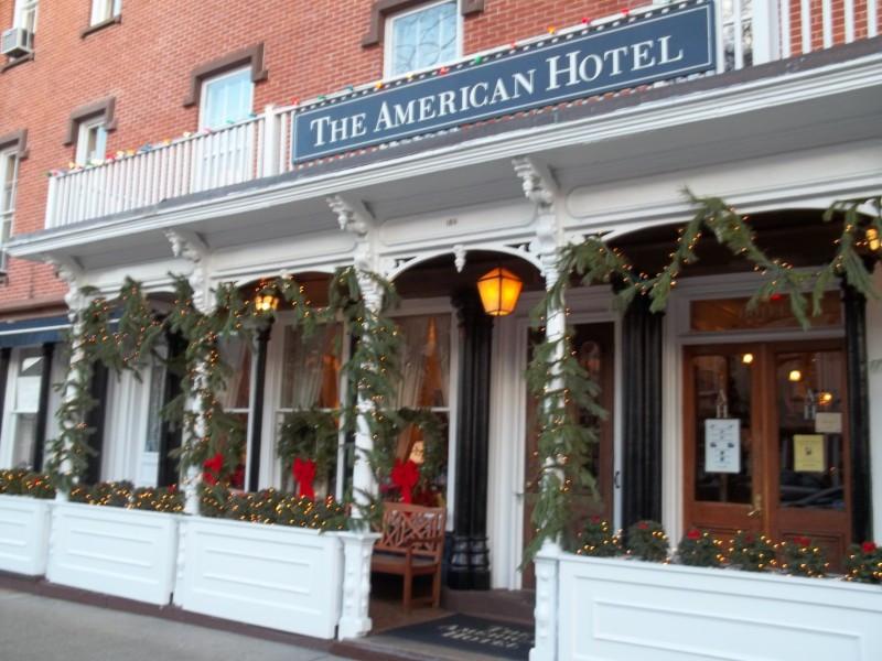 Christmas Eve Dinner Restaurants  10 Restaurants Open for Christmas Eve and Christmas Dinner
