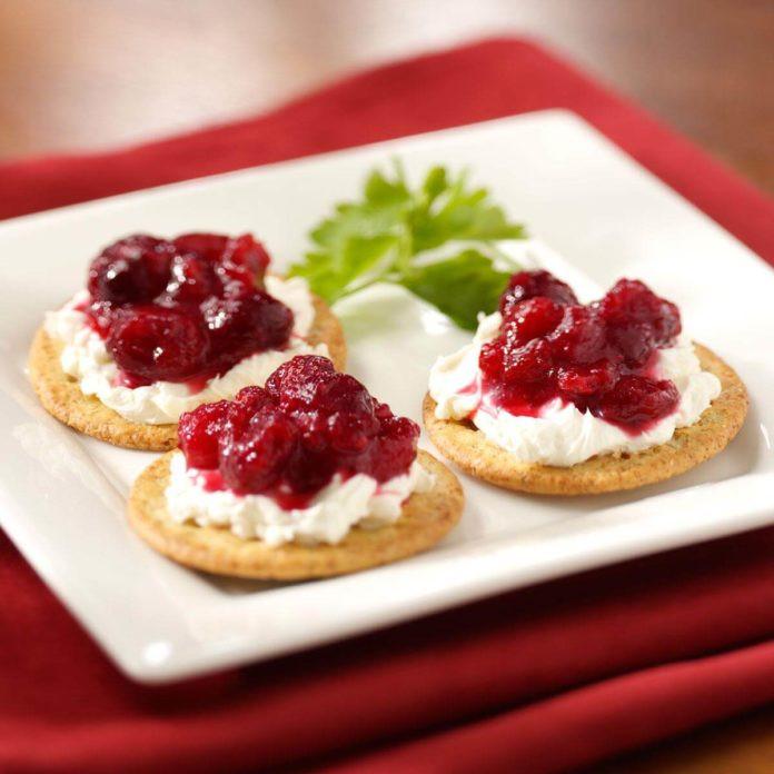 Christmas Finger Desserts  32 Fuss Free Christmas Finger Foods