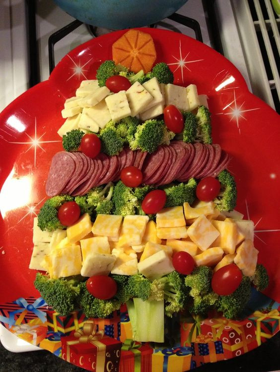 Christmas Fruit Appetizers  christmas fruit and ve able platter ideas