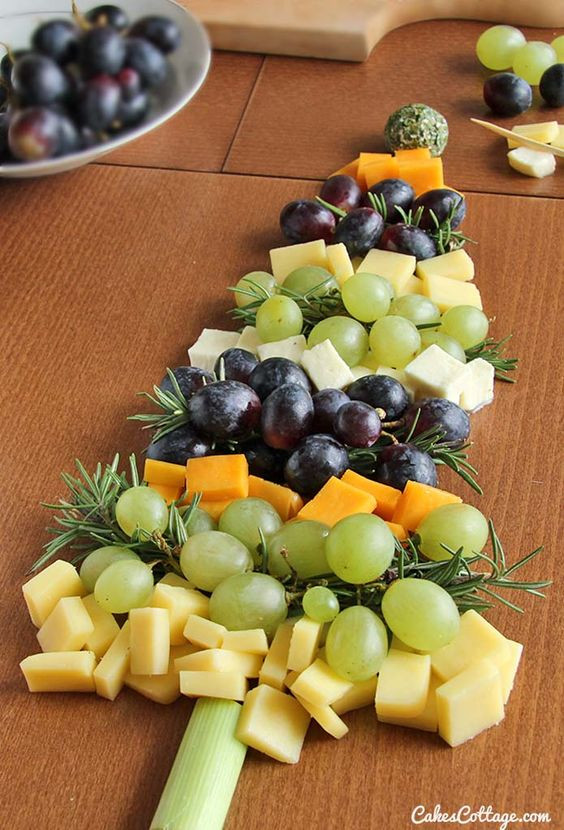 Christmas Fruit Appetizers  Christmas Tree Cheese Board Recipe