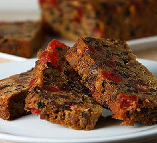 "Christmas Fruit Cake Recipe  The Christmas Fruitcake An Ageless Tradition"" by Henri"
